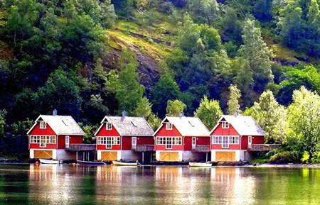 Naukuchiatal- beautiful lake corners