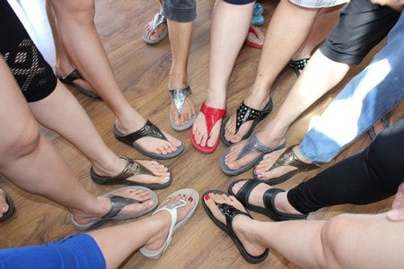 Slippers and Sandals in Ind